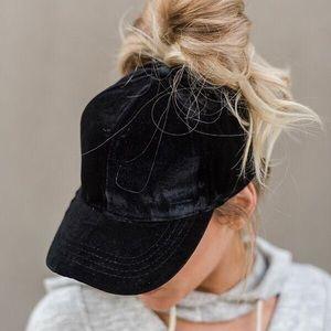 20% OFF 2+🖤 velvet baseball hat black cap